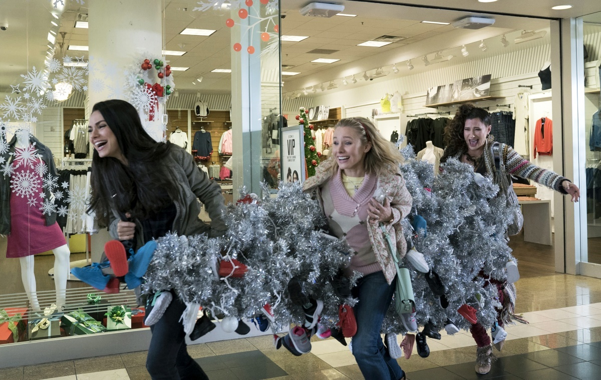 A Bad Moms Christmas Film Review